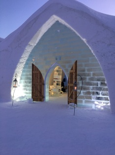 Hotel de Glace - Quebec City's Ice Hotel